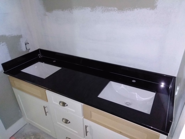 2cm Absolute Black Granite with Trough Undermount Sinks_LFontenotMBath1